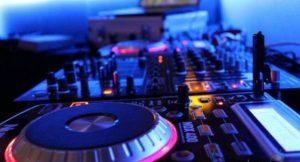 Live Sounds & DJ